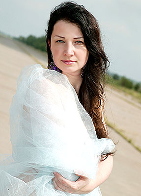 Industrious lady Irina from Krivoy Rog (Ukraine), 37 yo, hair color chestnut