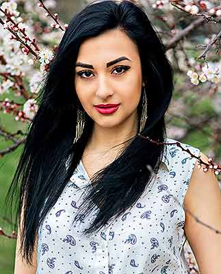 Excited lady Ol'ga from Kremenchug (Ukraine), 26 yo, hair color brunette
