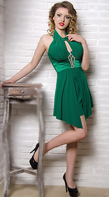Blond girl Viktoriya from Odessa (Ukraine), 23 yo, hair color brown