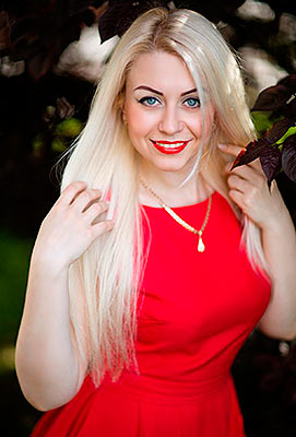 Kind woman Elena from Dnepropetrovsk (Ukraine), 32 yo, hair color blonde