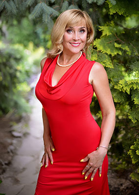 Passionate lady Tat'yana from Kharkov (Ukraine), 51 yo, hair color blonde