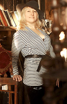 Happy bride Lyudmila from Kharkov (Ukraine), 37 yo, hair color blonde