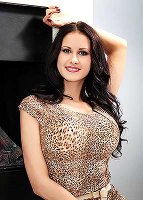 Nice girl Yuliya from Kharkov (Ukraine), 28 yo, hair color brunette