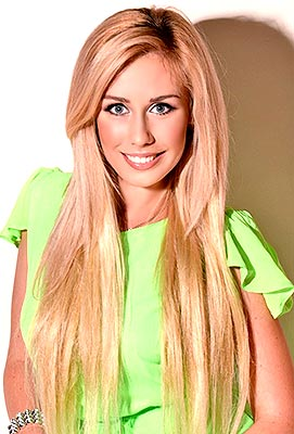 Openminded girl Viktoriya from Kharkov (Ukraine), 27 yo, hair color blonde