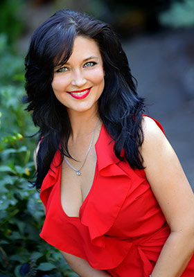 Happy woman Irina from Kharkov (Ukraine), 43 yo, hair color chestnut