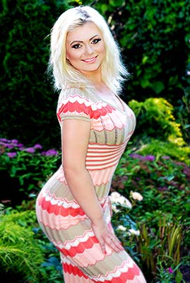Kind woman Yuliya from Kharkov (Ukraine), 38 yo, hair color blonde