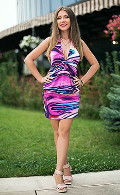 Calm woman Evgeniya from Kharkov (Ukraine), 32 yo, hair color light brown
