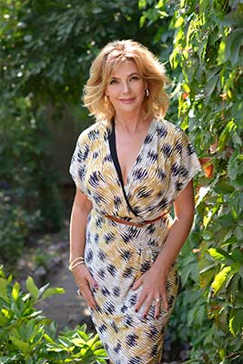 Cheerful lady Elena from Kharkov (Ukraine), 58 yo, hair color light brown