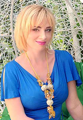 Relationship woman Nadejda from Kharkov (Ukraine), 44 yo, hair color brown