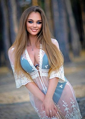 Single lady Marina from Kharkov (Ukraine), 25 yo, hair color blonde