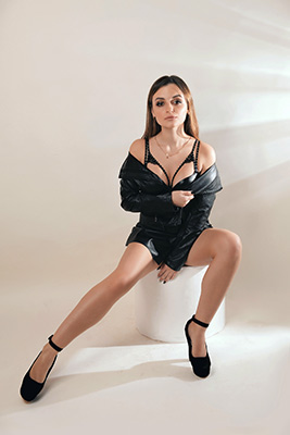 Talented bride Evgeniya from Kharkov (Ukraine), 22 yo, hair color brown-haired