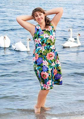 Positive bride Viktoriya from Kharkov (Ukraine), 40 yo, hair color light brown