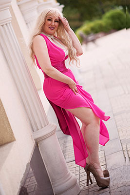 Friendly lady Elena from Kharkov (Ukraine), 52 yo, hair color red-haired