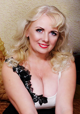 Spicy bride Tat'yana from Kharkov (Ukraine), 52 yo, hair color peroxide blonde