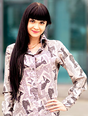 Spicy lady Anna from Kharkov (Ukraine), 31 yo, hair color black