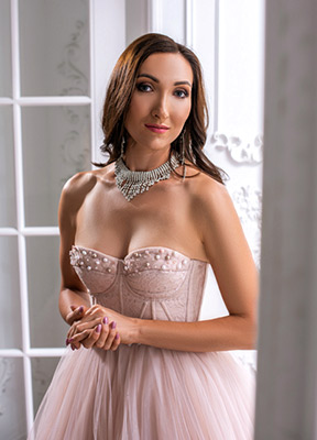 Kind bride Viktoriya from Kharkov (Ukraine), 34 yo, hair color brown-haired