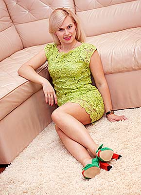 Romantic lady Anna from Kherson (Ukraine), 36 yo, hair color blonde