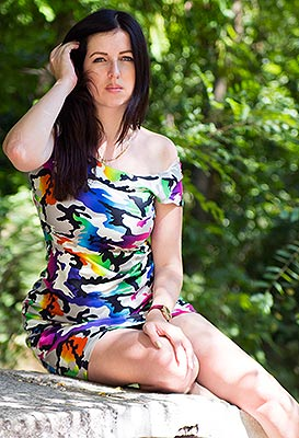 Easytempered bride Alena from Kherson (Ukraine), 27 yo, hair color chestnut