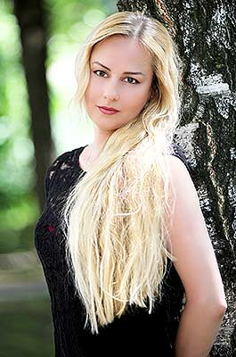 Open woman Larisa from Khmelnitsky (Ukraine), 53 yo, hair color blonde