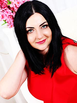 Honest woman Irina from Khmelnitsky (Ukraine), 38 yo, hair color black