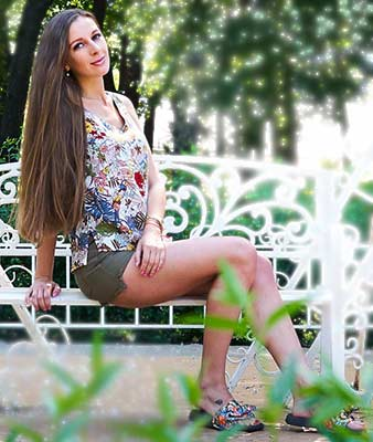 Funny woman Elena from Kiev (Ukraine), 32 yo, hair color brown