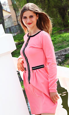 Teacher woman Ekaterina from Chernovtsy (Ukraine), 32 yo, hair color brown