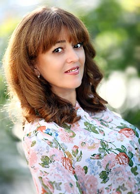 Confident bride Inna from Khmelnitsky (Ukraine), 49 yo, hair color brown