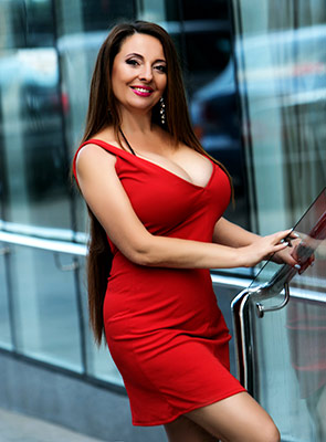 Kind lady Natal'ya from Odessa (Ukraine), 50 yo, hair color chestnut