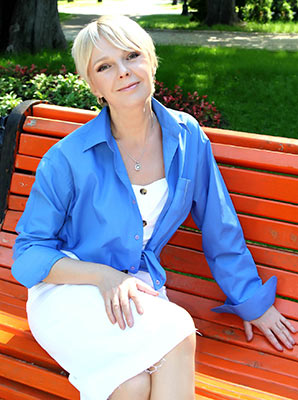 Trustful bride Dana from Kiev (Ukraine), 52 yo, hair color blonde