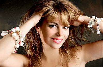 Sweet bride Natal'ya from Kiev (Ukraine), 38 yo, hair color dark brown