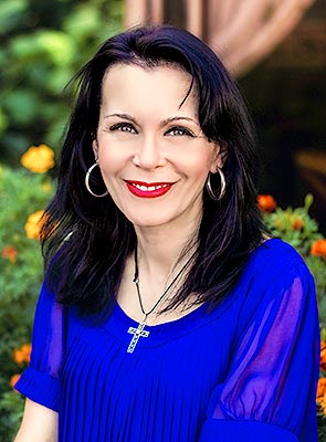 Intelligent bride Elena from Kiev (Ukraine), 47 yo, hair color brunette