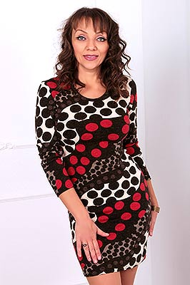 Serious woman Tat'yana from Kiev (Ukraine), 55 yo, hair color dark brown