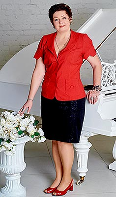 Devoted bride Tat'yana from Kiev (Ukraine), 51 yo, hair color brown-haired