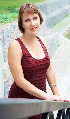 Positive woman Inna from Chernigov (Ukraine), 35 yo, hair color dark brown