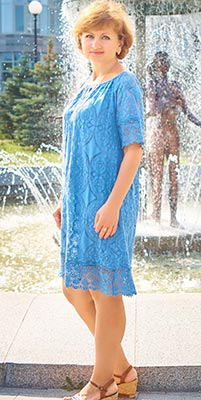 Friendly woman Viktoriya from Kiev (Ukraine), 47 yo, hair color dark brown