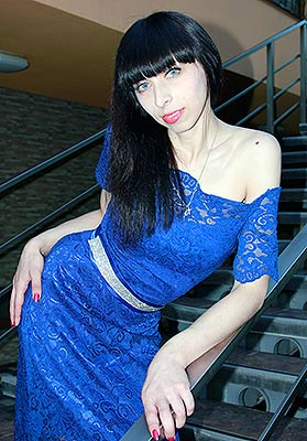 Kind woman Elena from Kiev (Ukraine), 32 yo, hair color brown-haired