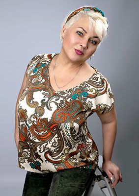 Decent lady Oksana from Chernigov (Ukraine), 51 yo, hair color blonde