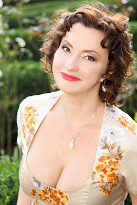 Healthy bride Lyudmila from Kiev (Ukraine), 46 yo, hair color brown-haired
