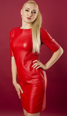 Responsive woman Elena from Kiev (Ukraine), 42 yo, hair color blonde