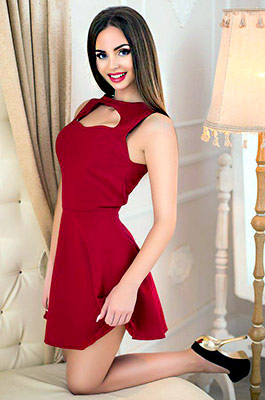 Young lady Yana from Gorlovka (Ukraine), 25 yo, hair color dark brown