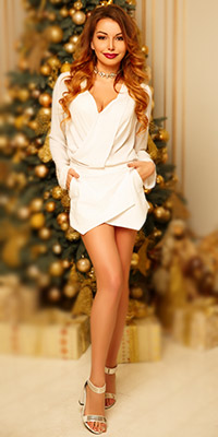 Confident bride Mariya from Kiev (Ukraine), 28 yo, hair color light brown
