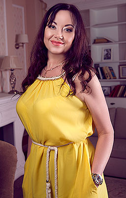 Wild woman Viktoriya from Kiev (Ukraine), 44 yo, hair color brown-haired