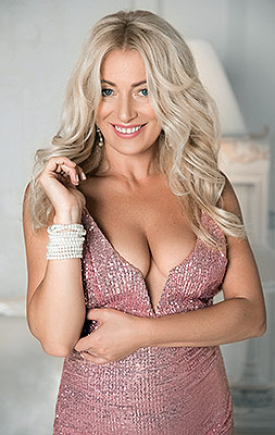 Calm lady Viktoriya from Kiev (Ukraine), 48 yo, hair color blonde