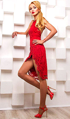 Romantic bride Mariya from Kiev (Ukraine), 45 yo, hair color blonde
