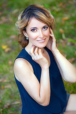 Teacher lady Yuliya from Dnepropetrovsk (Ukraine), 44 yo, hair color blonde