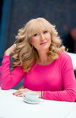 Sensitive woman Yelina from Dnepropetrovsk (Ukraine), 55 yo, hair color light brown