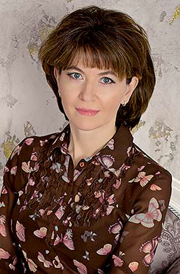 Serious lady Oksana from Kiev (Ukraine), 49 yo, hair color brown-haired