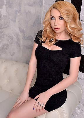 Positive lady Viktoriya from Kiev (Ukraine), 26 yo, hair color light brown