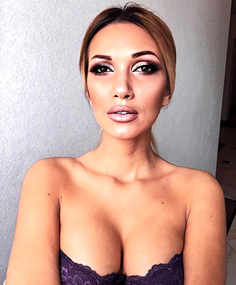 Soul girl Yevelina from Odessa (Ukraine), 23 yo, hair color peroxide blonde