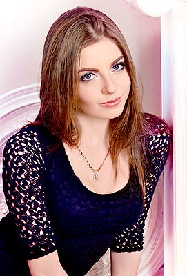 Pretty bride Viktoriya from Kharkov (Ukraine), 23 yo, hair color brown